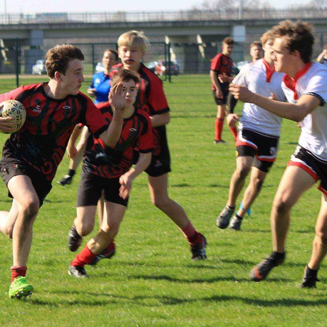 U16 spielt sich erneut an die Spitze